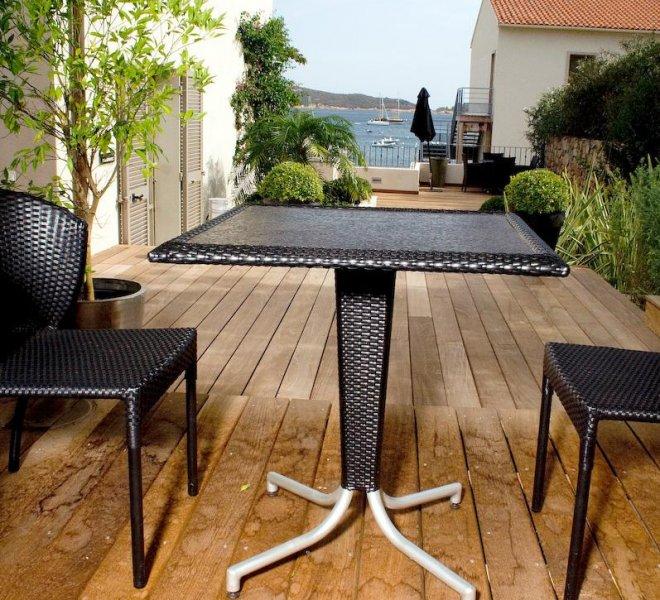 Terrasse résidence chambre Fautea vue sur mer hôtel le pinarello en corse à porto-vecchio