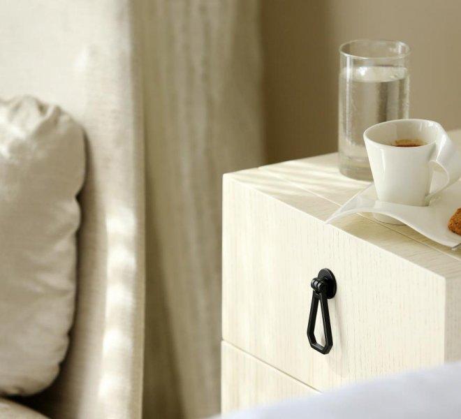 Room service chambre luxe Le pinarello hôtel à Porto-Vecchio