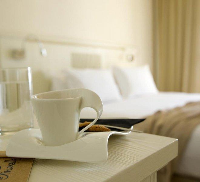 Room service chambre standard hôtel le pinarello à Porto-Vecchio en Corse