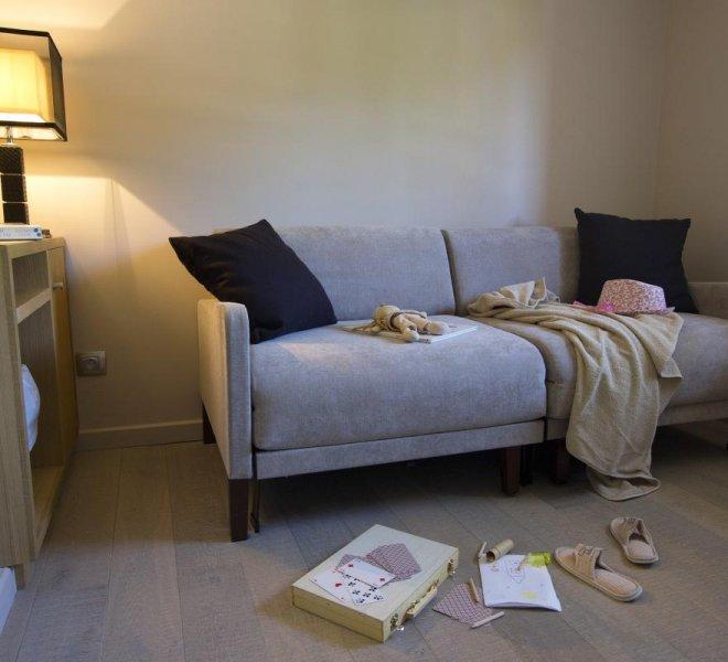 Canapé de salon chambre supérieur hôtel luxe à porto-vecchio
