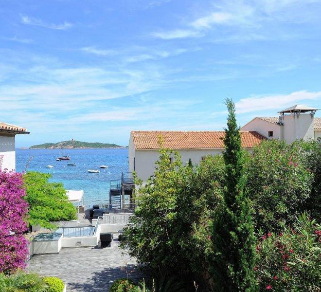 Vue mer terrasse résidence vue mer hôtel spa Le Pinarello à porto-vecchio