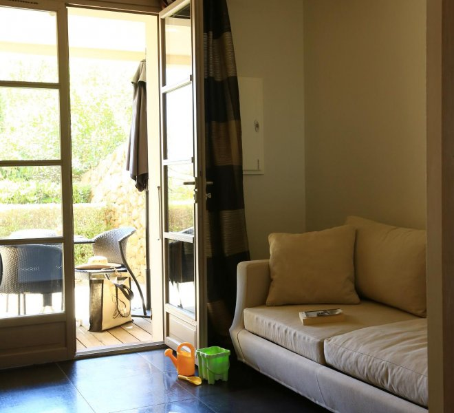Salon résidence suite duplex Benedettu hôtel spa Le Pinarello en Corse