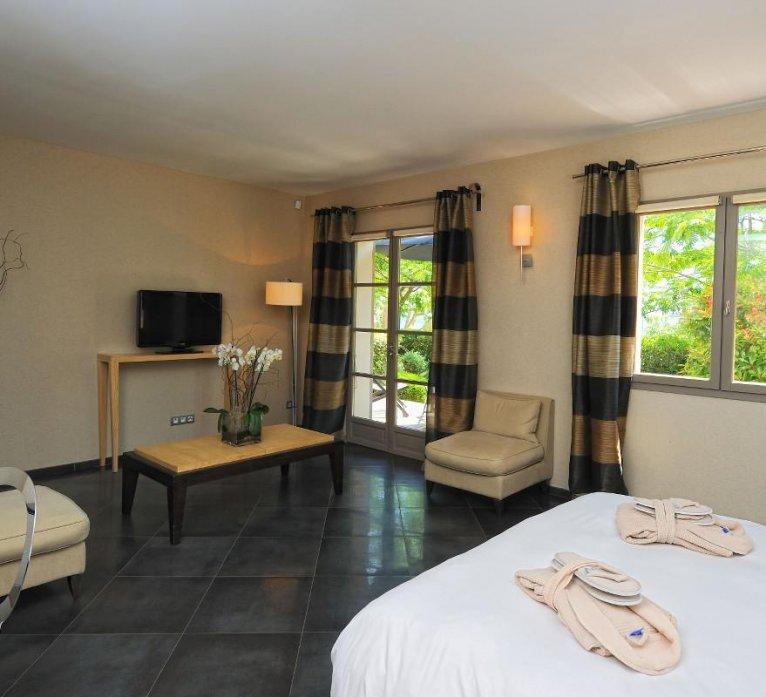 Résidence suite villa Genovese hôtel luxe le pinarello à porto-vecchio en corse du sud