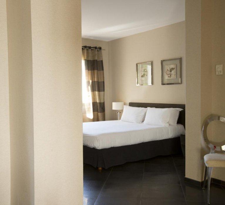 Chambre résidence villa Rusant hôtel luxe le pinarello à porto-vecchio