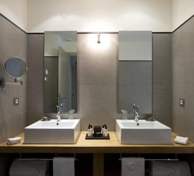 Salle de bain résidence villa Rusant hôtel spa luxe le pinarello