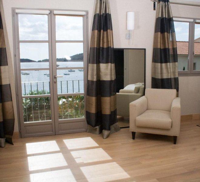 chambre vue mer hôtel luxe Le Pinarello à Porto-Vecchio