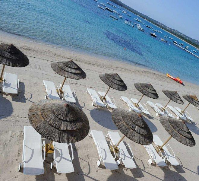 plage aménagée de l'hôtel Le Pinarello à Porto-Vecchio