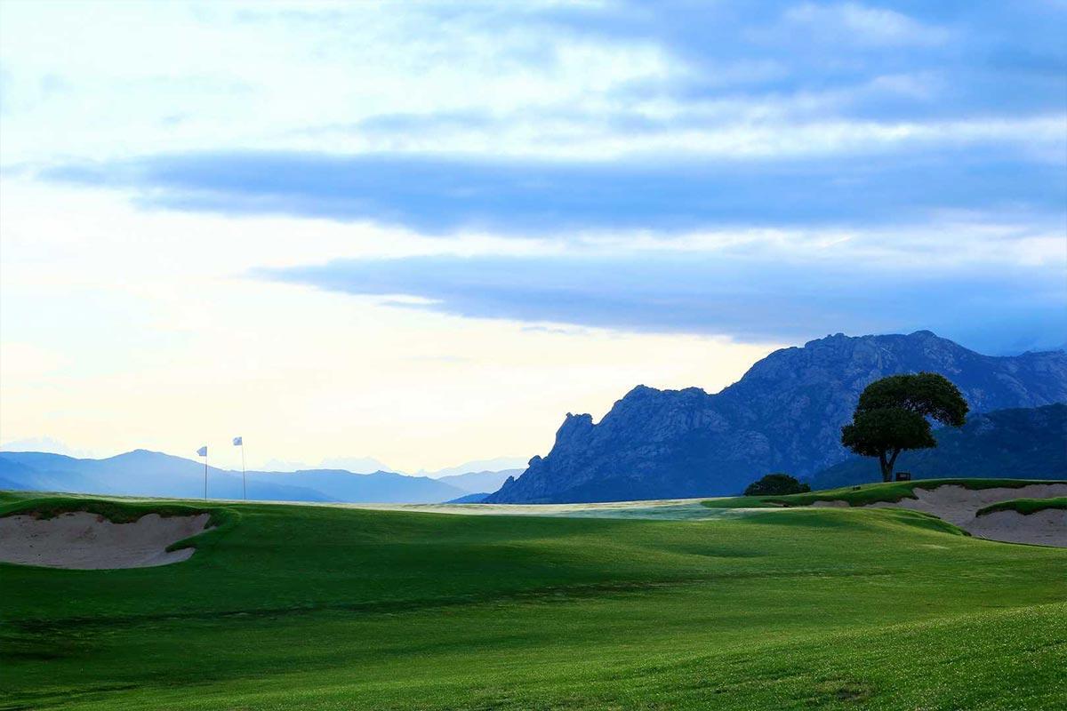 activités golf murtoli hôtel le pinarello en corse du sud