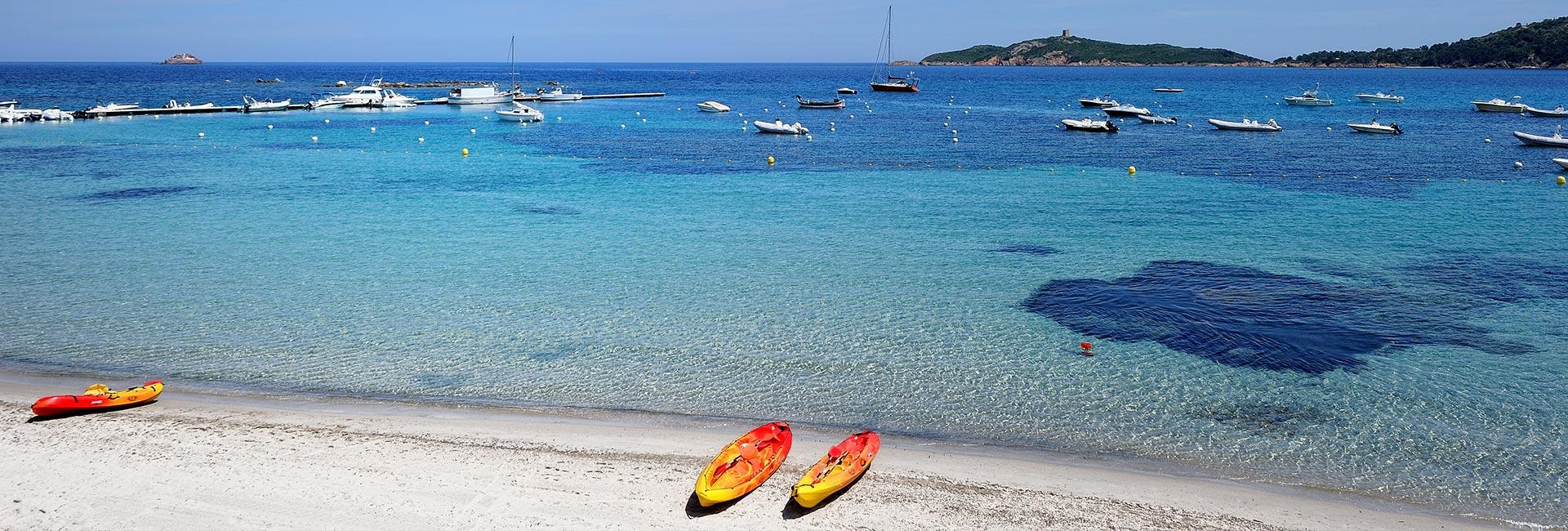 activités plage à l'hôtel Le Pinarello en Corse du Sud