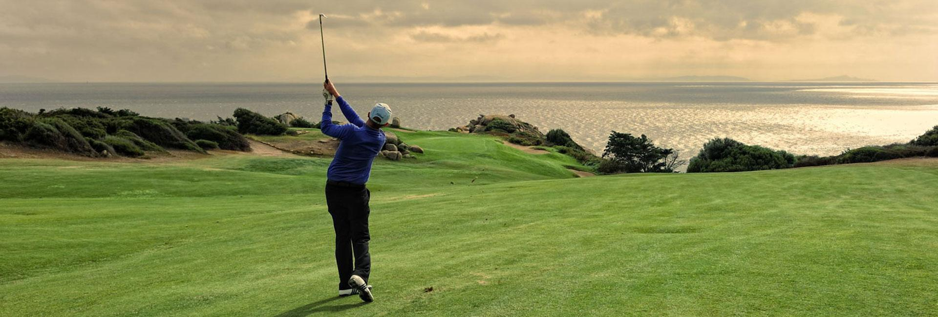 activités golf en corse Hôtel Le Pinarello en Corse