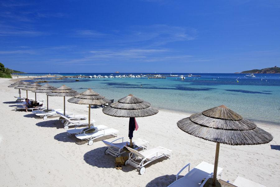 Hotel plage avec piscine chauffée Sud Corse