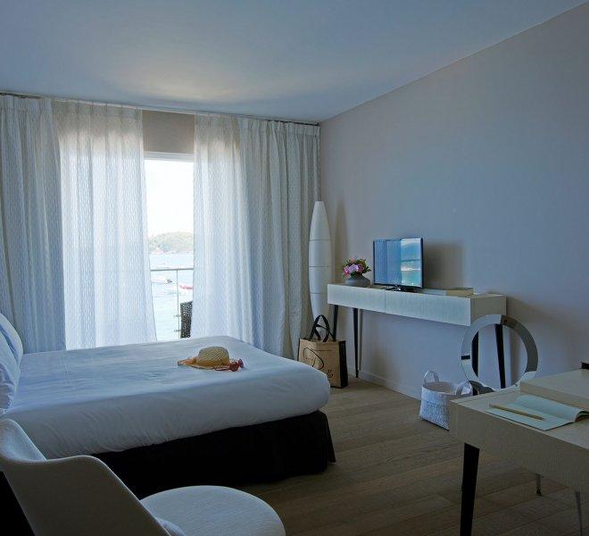 CHAMBRE-LUXE---Hotel-Pinarello